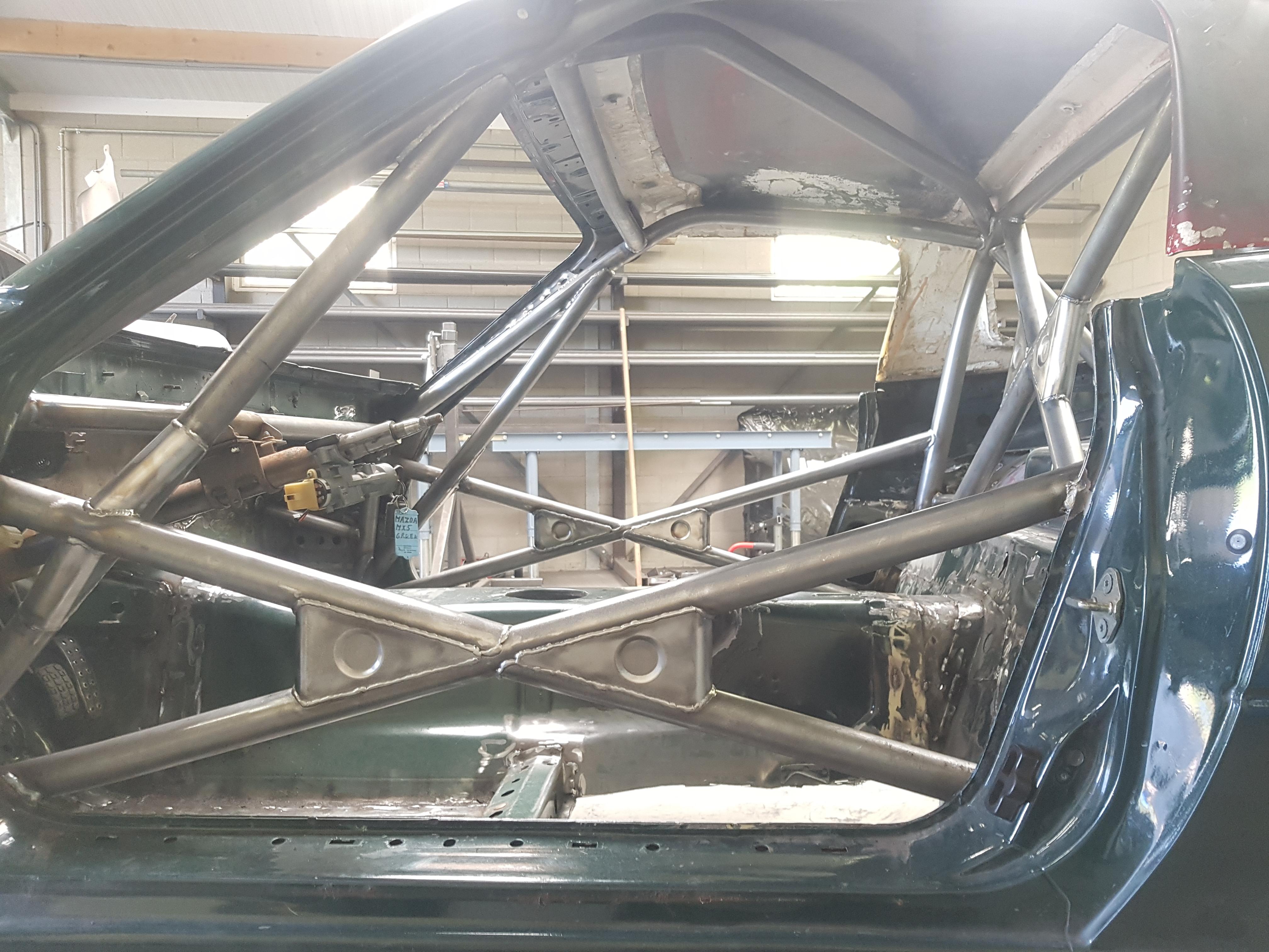 Rolkooi Mazda MX5 KNAF Gecertificeerd, Met Hardtop