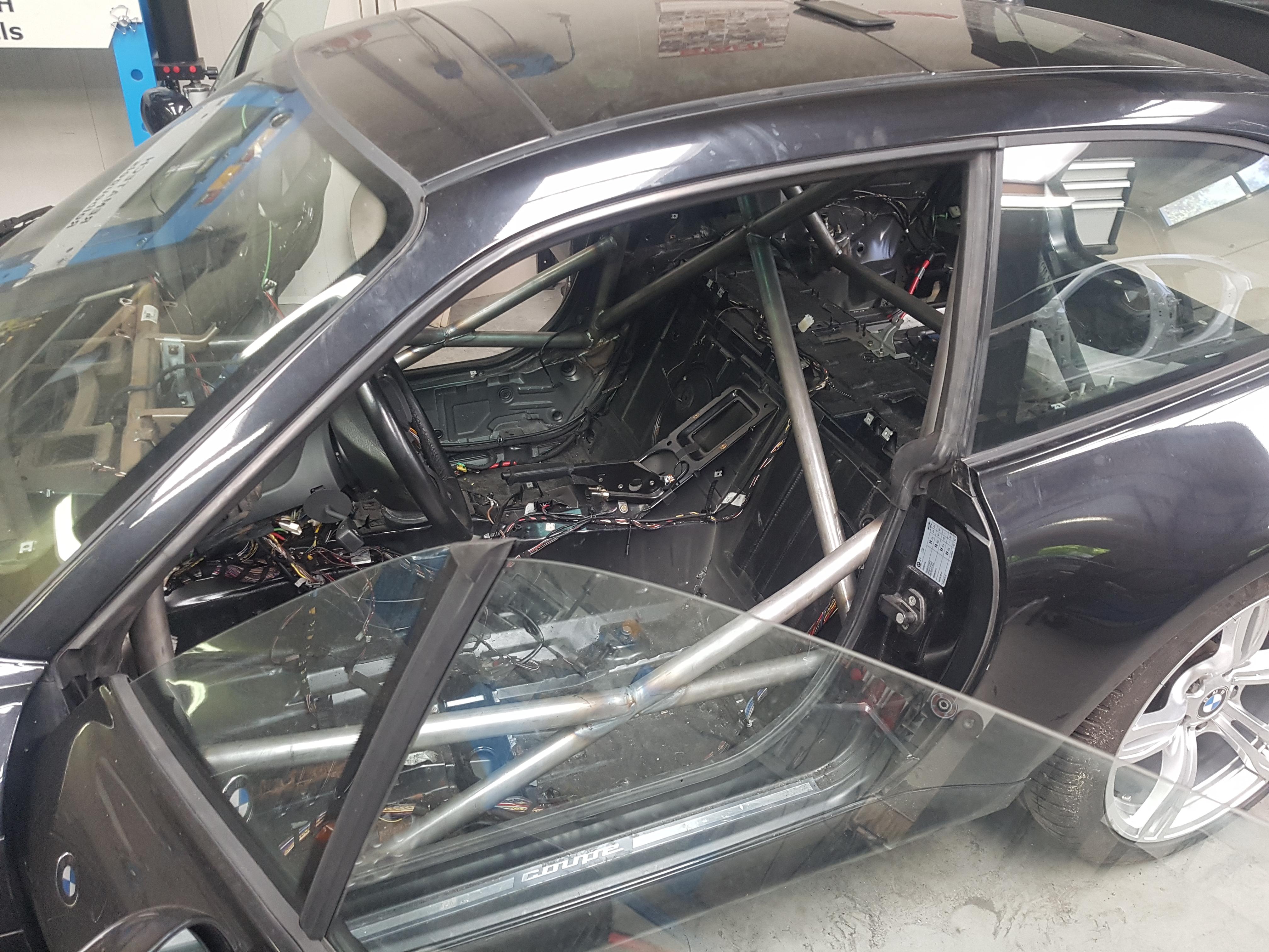 BMW Z3 Voorzien Van Een Rolkooi
