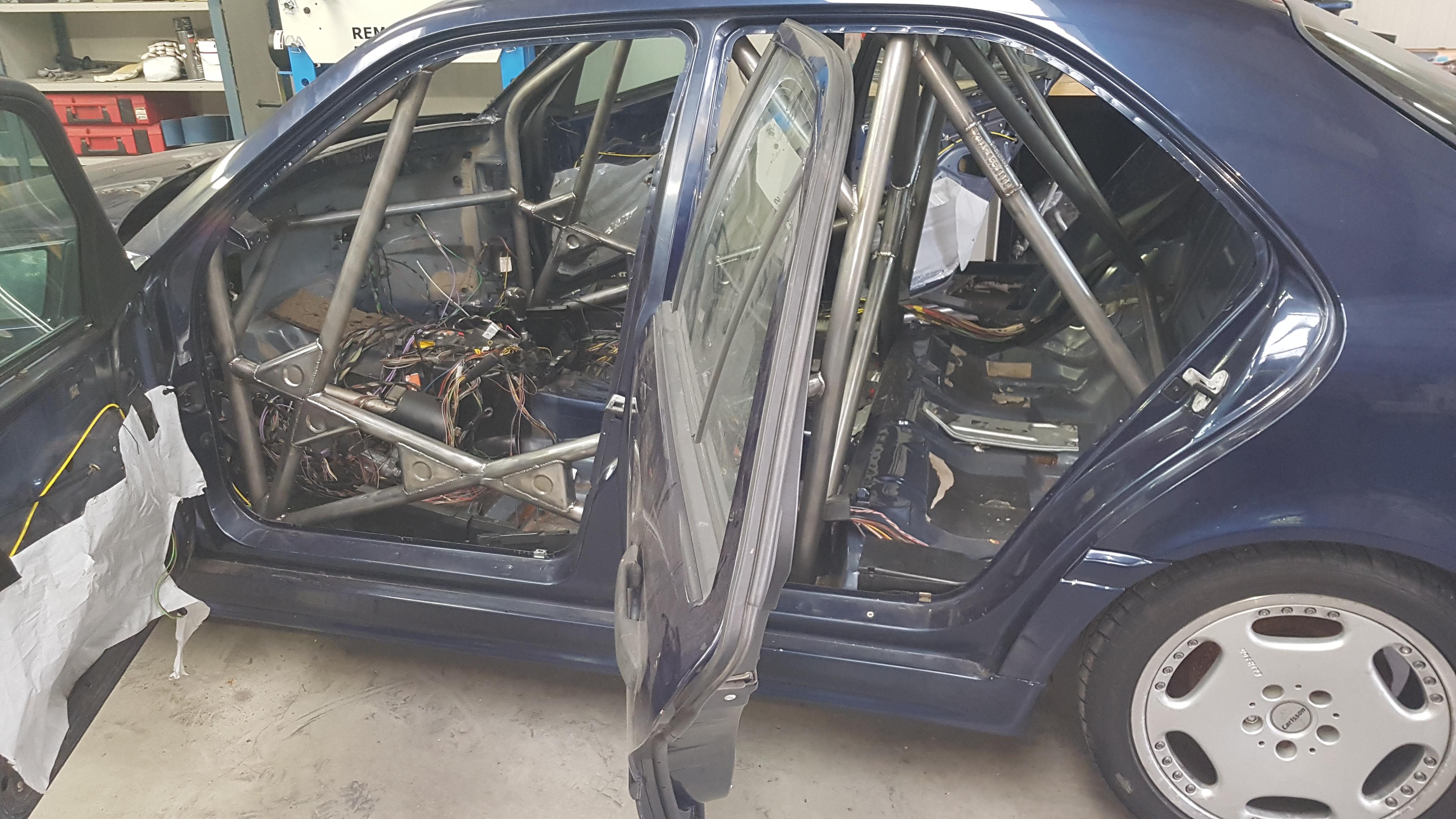 Mercedes W202 C Klasse Met Rolbeugel