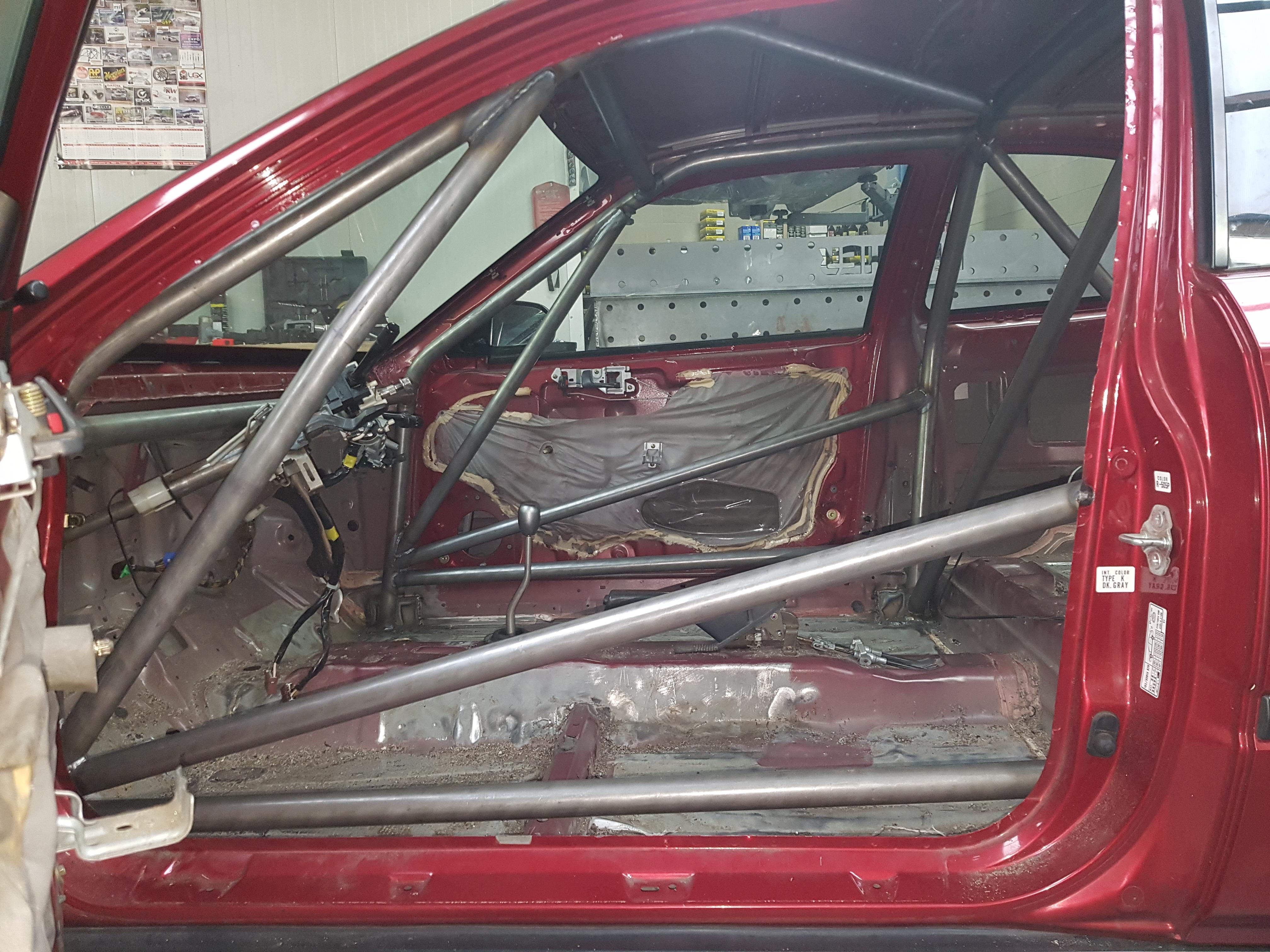 Honda Civic EK3 Voorzien  Van Rolkooi