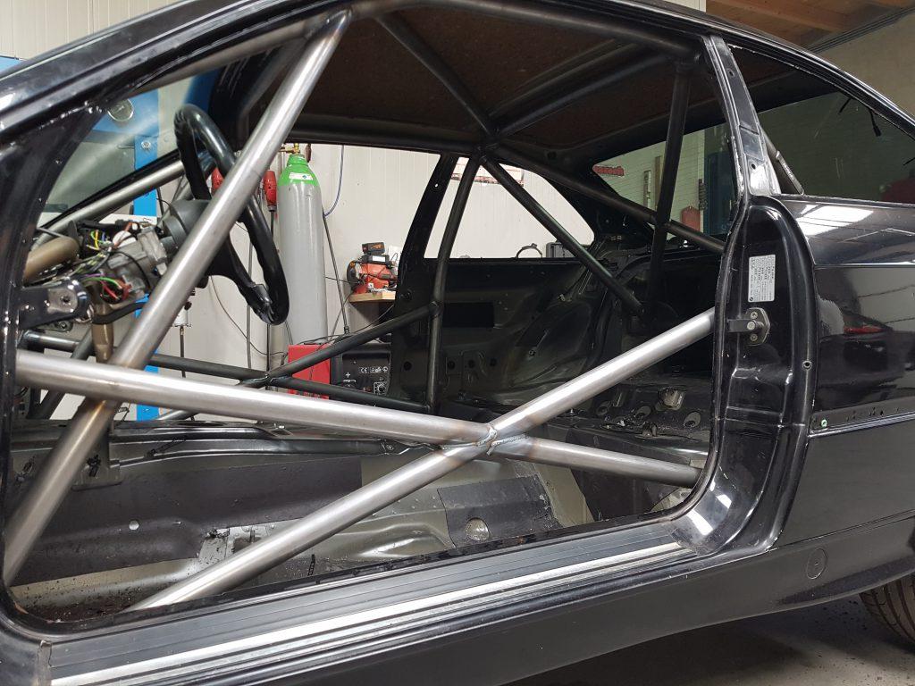 BMW E36 Coupé Voorzien Van Rolkooi