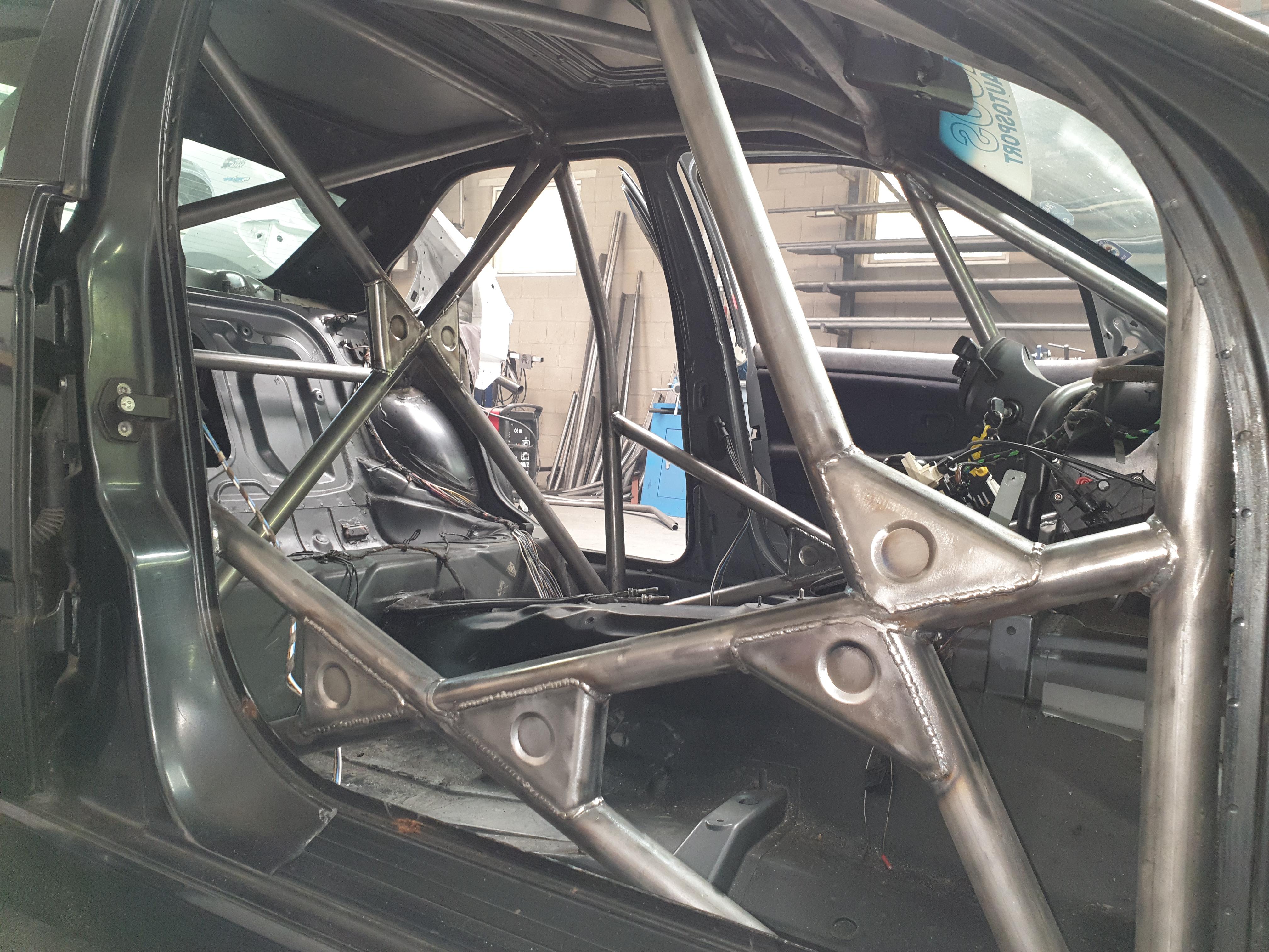 BMW E36, 325i Voorzien Van Gecertificeerde Rolkooi
