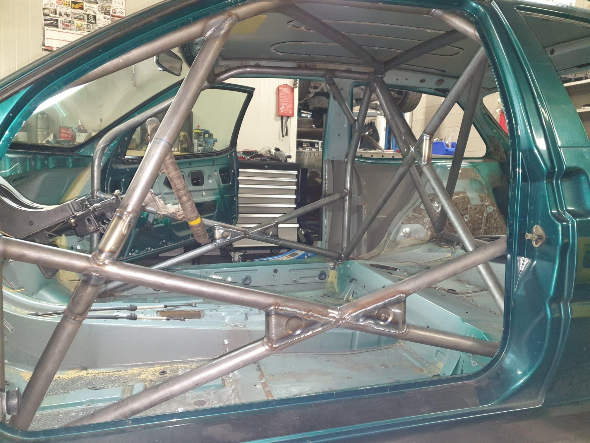 Citroën ZX Rolkooi Ingelast Volgens FIA Annex-J Reglement
