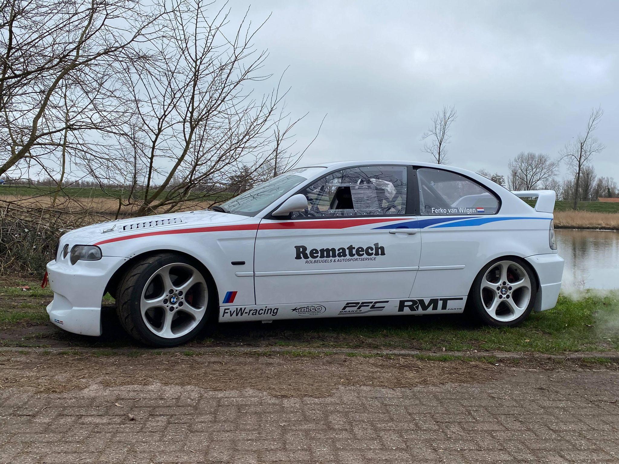 Raceauto's En Body's