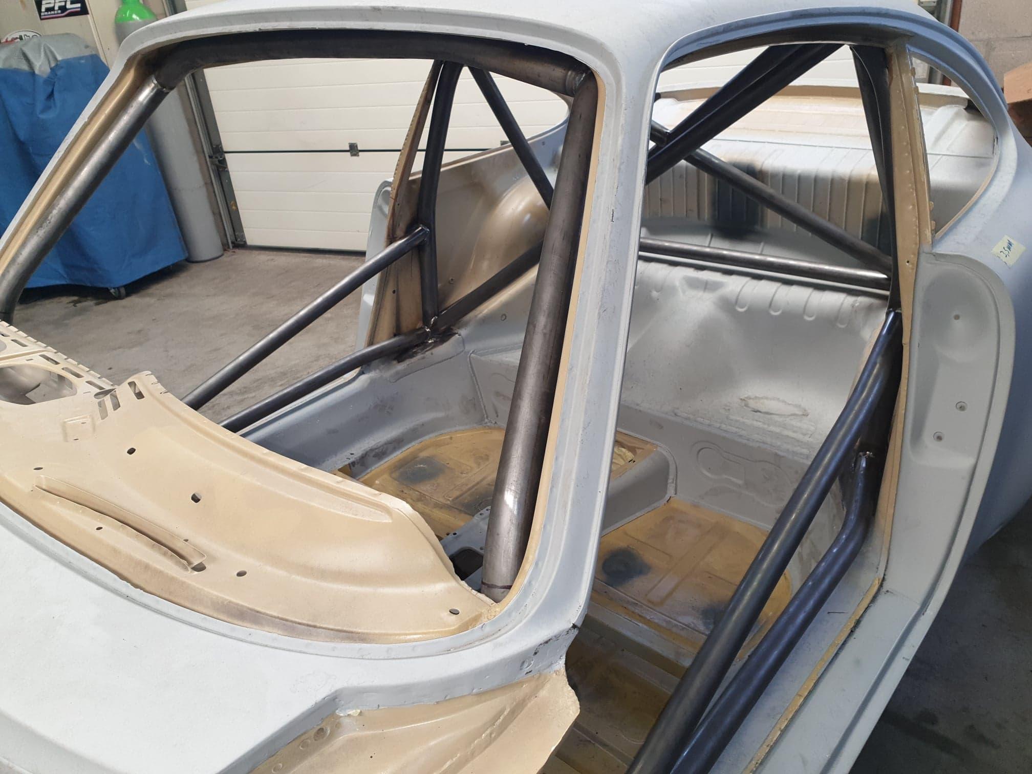 Porsche 911 Historisch Van Rolkooi Voorzien, Met Certificering.